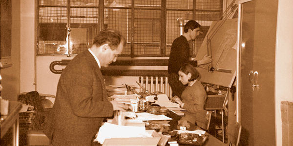 GIUSEPPE VOLPE工程师先生于1966年在米兰的第一个办公室内。